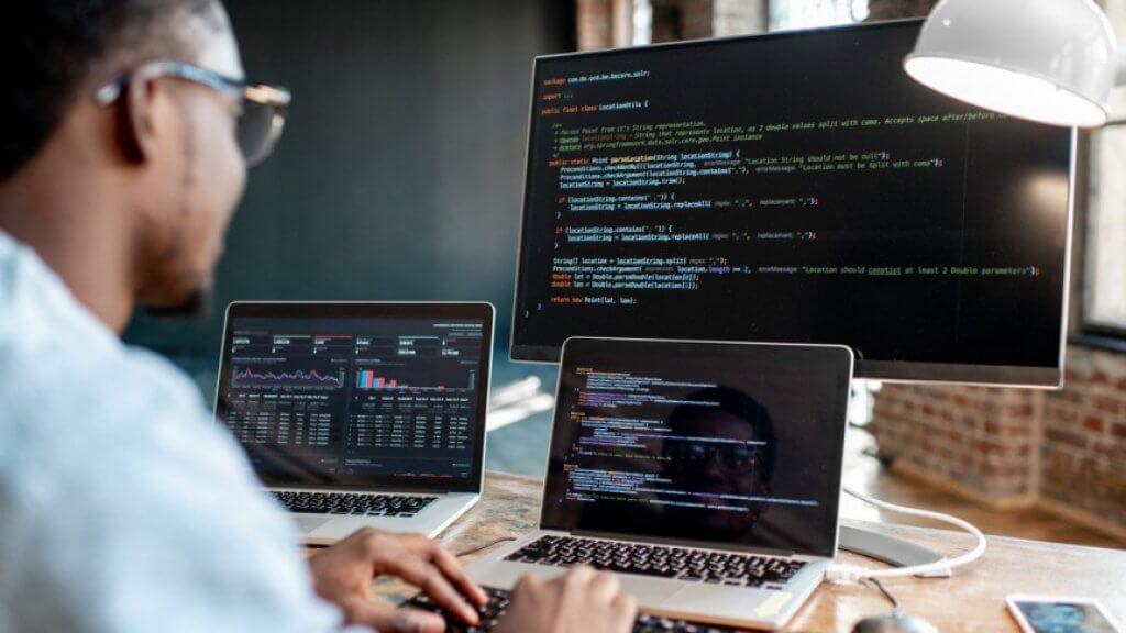 attacco-informatico-cyber-attacchi-cosa-sono-come-difendersi-dagli-attacchi-informatici